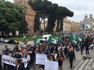 EM Italy - young people march on rome 3